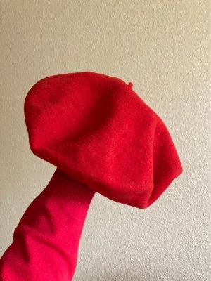Baskenmütze - in knalligem Rot