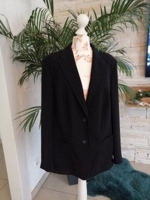 Basler Tailcoat white-black