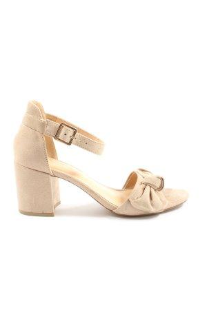 Bata Sandalo con cinturino e tacco alto crema stile casual