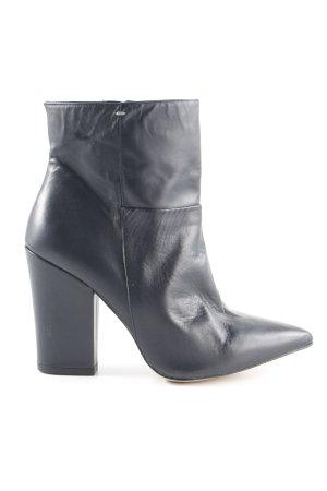 Bata Reißverschluss-Stiefeletten schwarz schlichter Stil