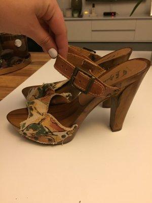 Bata Sandalette Gr. 38 mit Holzabsatz braun beige