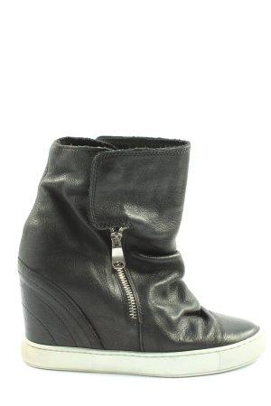Bata Sneakersy wciągane czarny W stylu casual