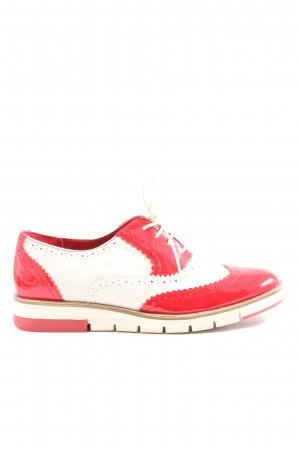 Bata Lace Shoes red-white casual look