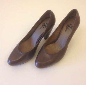Bata Escarpin à plateforme brun cuir