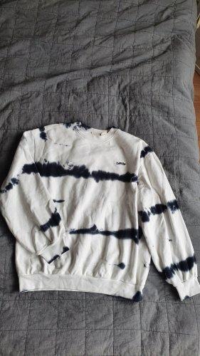 batik pullover levis