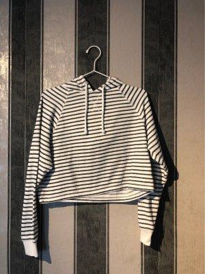Bauch freier Pullover