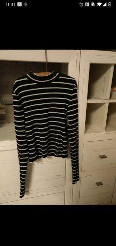 H&M Divided Turtleneck Sweater white-black