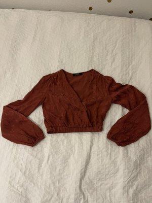 Bershka Glanzende blouse karmijn