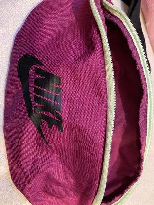 Bauchtasche von Nike