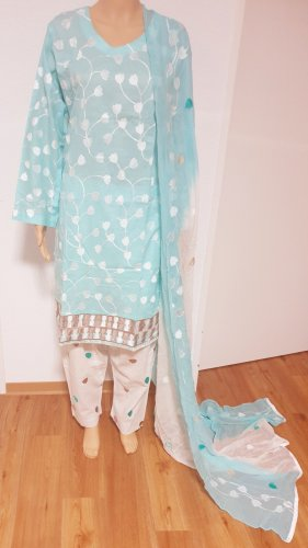 1 brand Robe d'été blanc-bleu clair