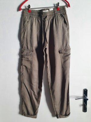 H&M Spodnie khaki Wielokolorowy