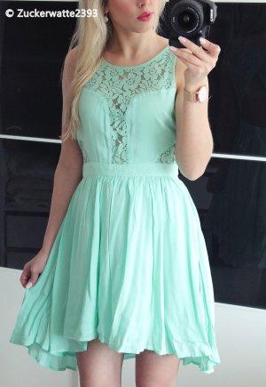 BCBGeneration Asymetryczna sukienka baby blue-miętowy