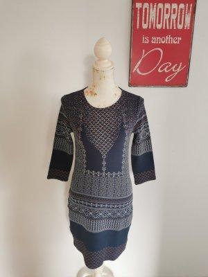 BCBG Maxazria Damen Feinstrickkleid Stiefelkleid marineblau Größe XS