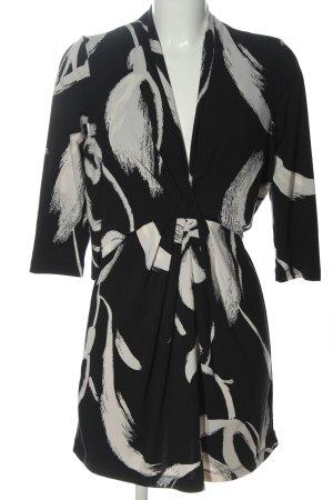 BCBG Maxazria Jurk met korte mouwen zwart-wit volledige print casual uitstraling