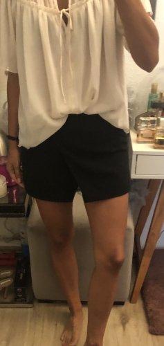BCBG Maxazria Shorts Hotpants Hosenrock schwarz Gr XS