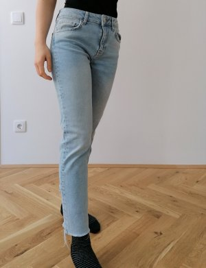 BDG Straight Leg Jeans azure