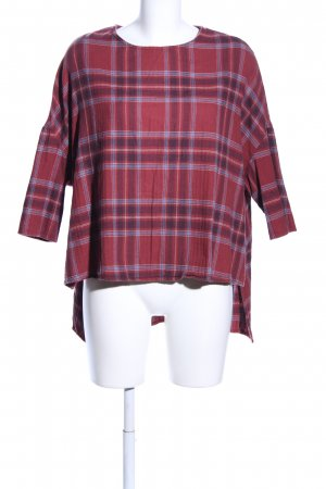 BDG Oversized Shirt red-blue check pattern casual look