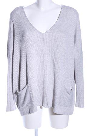 BDG V-Ausschnitt-Pullover hellgrau Casual-Look
