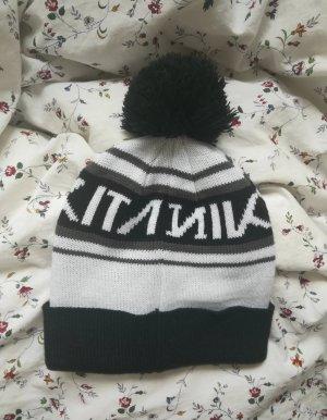Nikita Beanie white-black