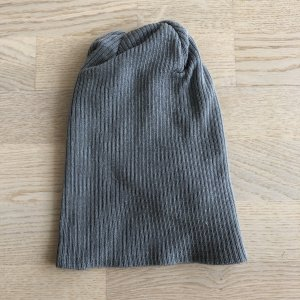 H&M Divided Bonnet gris