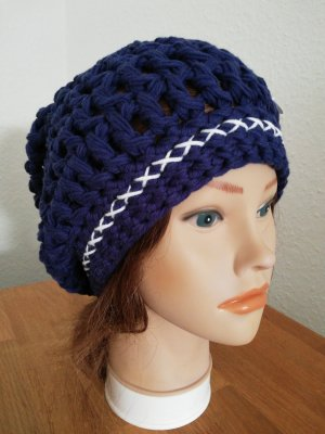 Handarbeit Crochet Cap white-blue