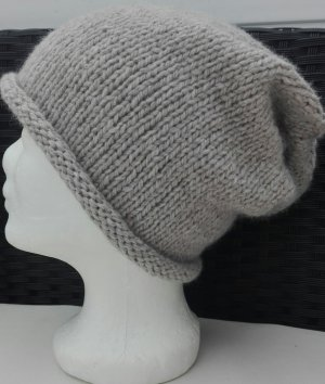 Handarbeit Bonnet gris brun