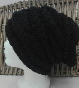 Handarbeit Knitted Hat black