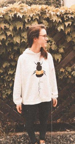 Bee kind Pullover