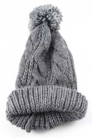 Beera Knitted Hat light grey cable stitch casual look