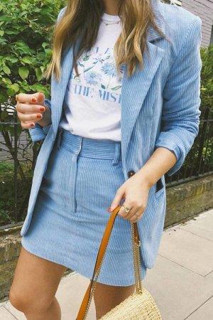 Begehrter Cordrock von H&M Trend Premium pastel himmelblau Blogger Influencer Gr. 38 neuHerbst