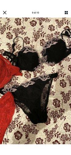 Ensemble de lingerie noir