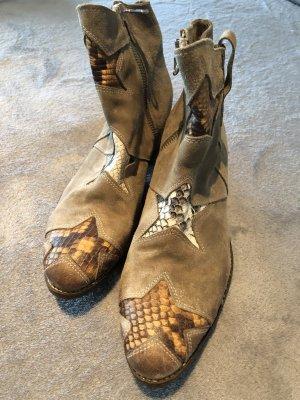 Beige Cowboy Stiefeletten mit Sternen Aplikation Gr.40