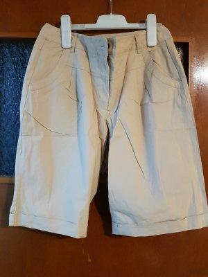 beige farbene Shorts NEU Gr. 36