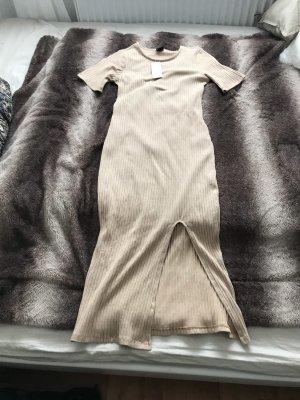 Beige Farbenes Kleid