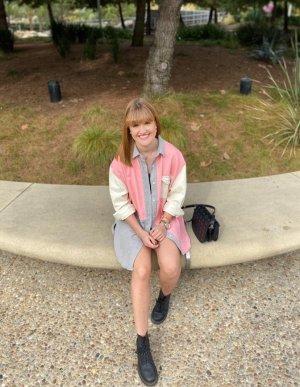 Beige-grau-pinkes Oversized Hemd