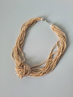 Vintage Pearl Necklace beige