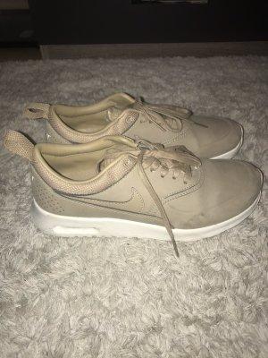 Beige Nike sneaker Grösse 37.5