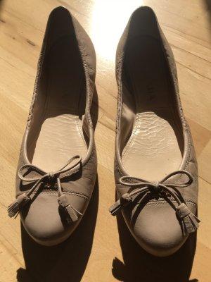 Beige Prada Ballerinas Gr 41