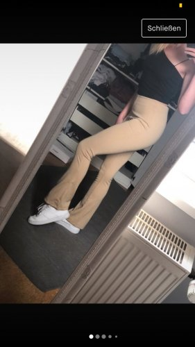 NA-KD Pantalon pattes d'éléphant crème