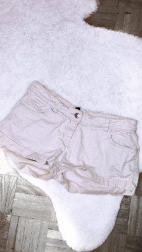 Beige shorts hose kurz sommer vintage boho influencer