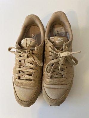 Beige Sneaker von Nike