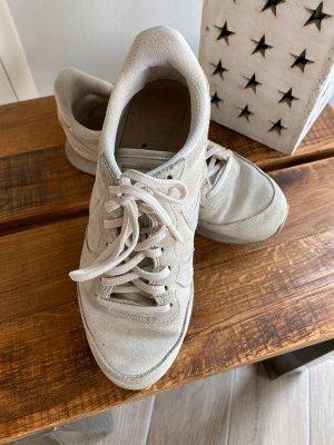 Beige Sneakers / Turnschuhe von Nike, Gr. 39