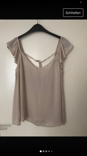 Reserved Flounce Top cream