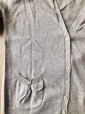 Beige Strickjacke mit vielen Details - 10% Angora