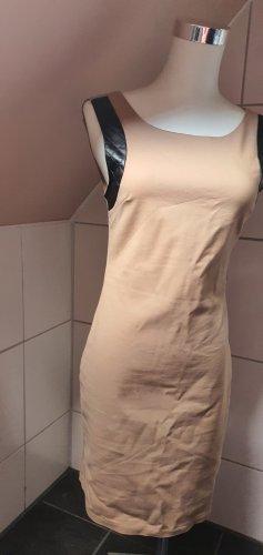 Beige Taupe farbendes Papillone Kleid Elegant Etuikleid Ledereinsätze