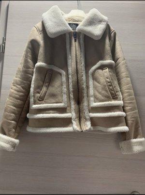 Beige/Weiße Jacke
