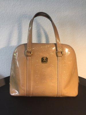Beigefarbene MCM Lack-Handtasche