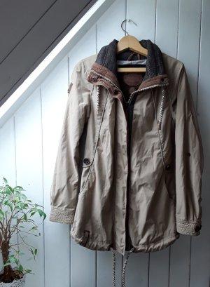 Beiger Mantel von Naketano