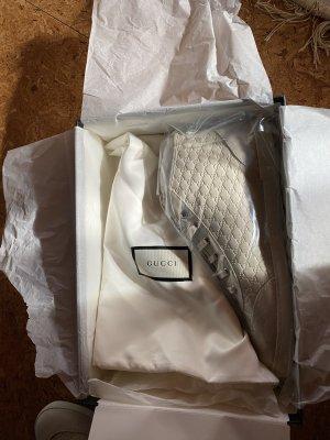 Beiges Gucci Sneaker