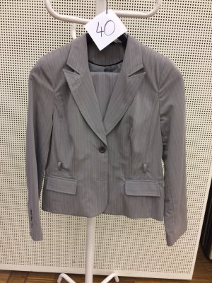 My Own Business Suit beige-black
